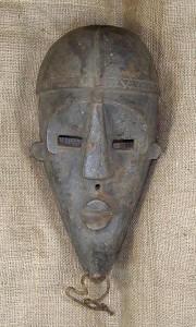 African_Masks_Dan_Mask_28_Front